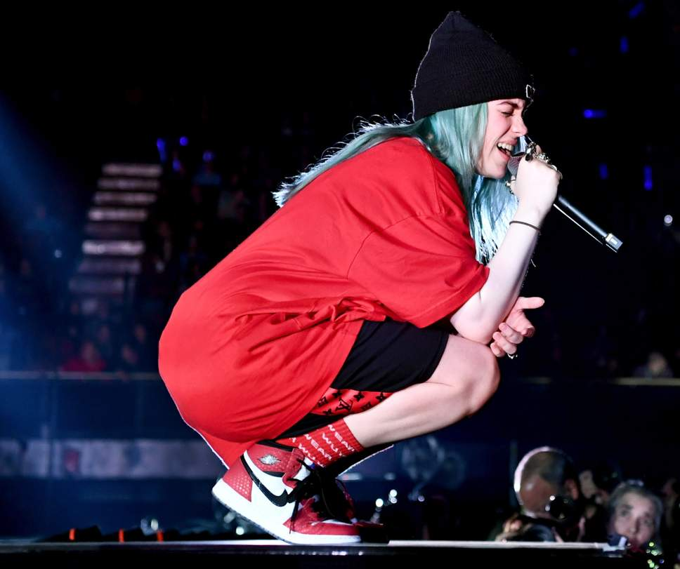 https://www.billieforum.com/media/billie-eilish-jpg.8/full
